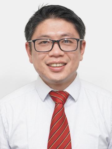 Dr Winston Oo